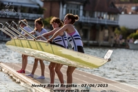 Latymer Upper School pulling their interesting shell out of the water. - Click for full-size image!